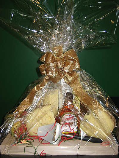 Gift-Basket-2013-Large